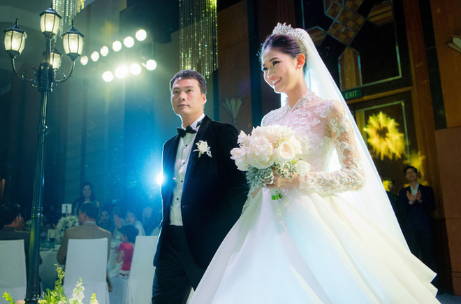 Cuộc sống của Á hậu Thanh Tú sau khi kết hôn với đại gia lớn hơn 16 tuổi - ảnh 2