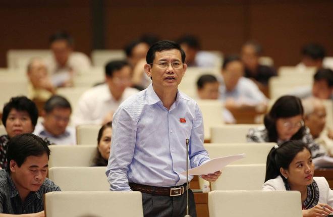 Bộ trưởng Nguyễn Mạnh Hùng: Đã gỡ 46 trang mạo danh tên lãnh đạo Đảng, Nhà nước trên mạng - Ảnh 2.