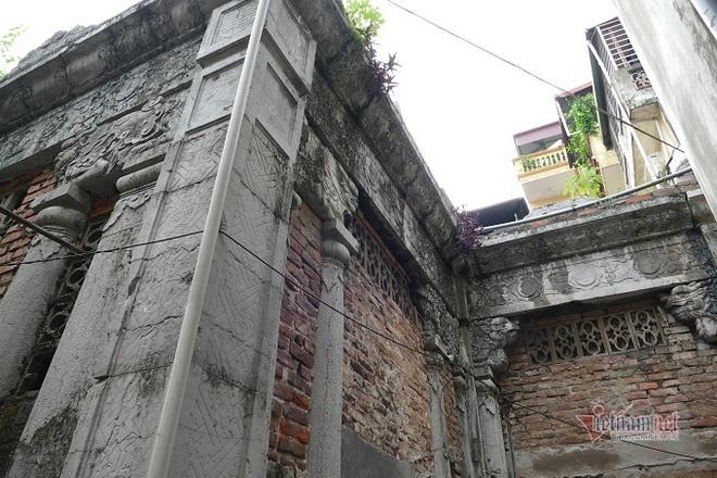 Chục gia đình sống trong ngôi mộ cổ, chuyện rợn tóc gáy giữa lòng thủ đô - Ảnh 7.