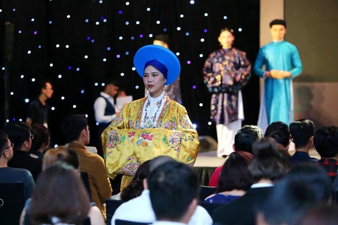 Hoa hậu Thu Hoài khoe nhan sắc trẻ trung - ảnh 6