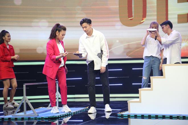 Hoàng Yến Chibi ngại ngùng thay đổi cách xưng hô với MC Thành Trung - ảnh 7