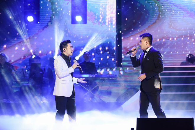 Quang Hà lại gặp sự cố ngay trên sân khấu được đầu tư hàng tỷ đồng - Ảnh 4.