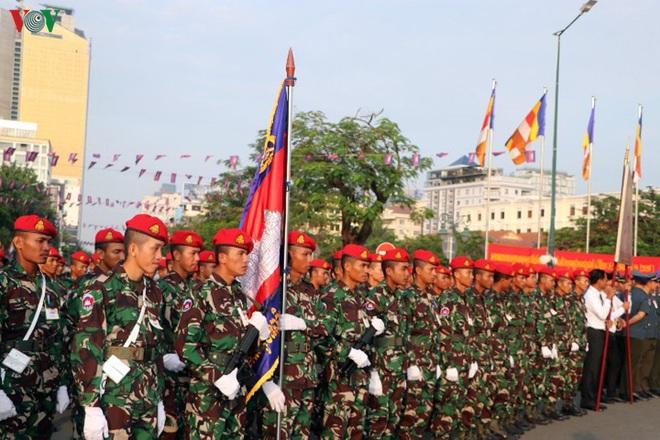 Campuchia kỷ niệm 66 năm ngày Quốc khánh - ảnh 6