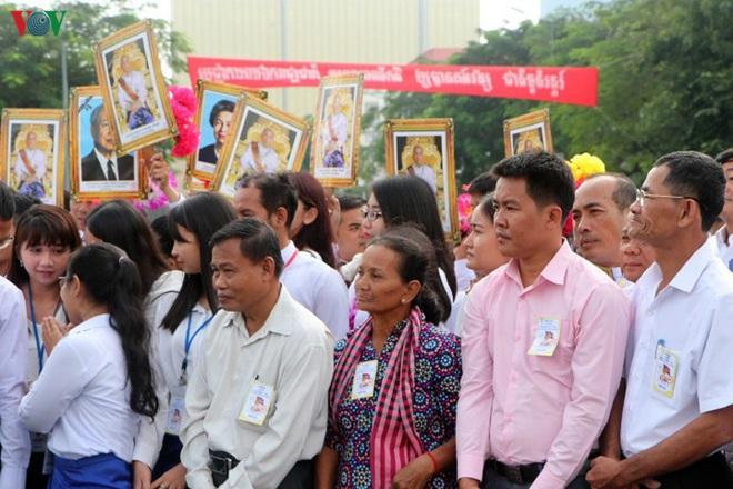 Campuchia kỷ niệm 66 năm ngày Quốc khánh - ảnh 7
