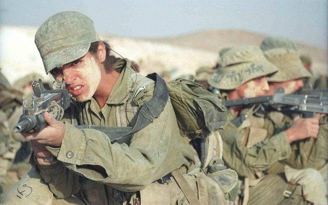 Súng tiểu liên Israel tốt ngang AK: Sự hồi sinh của một huyền thoại? - Ảnh 1.