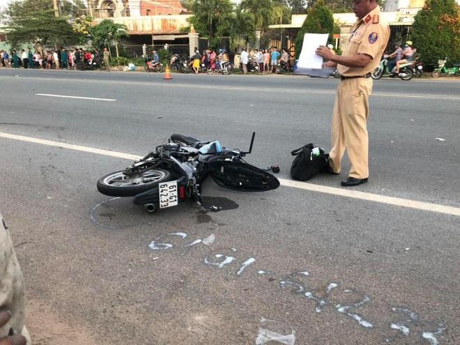Xe máy vỡ vụn sau tiếng động lớn, 2 thanh niên tử vong tại chỗ - Ảnh 2.