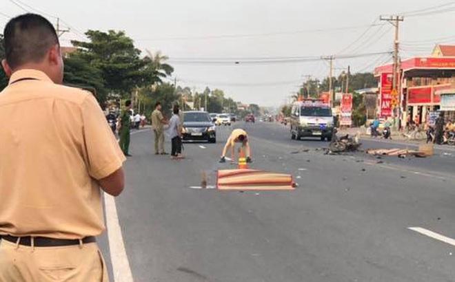 Xe máy vỡ vụn sau tiếng động lớn, 2 thanh niên tử vong tại chỗ
