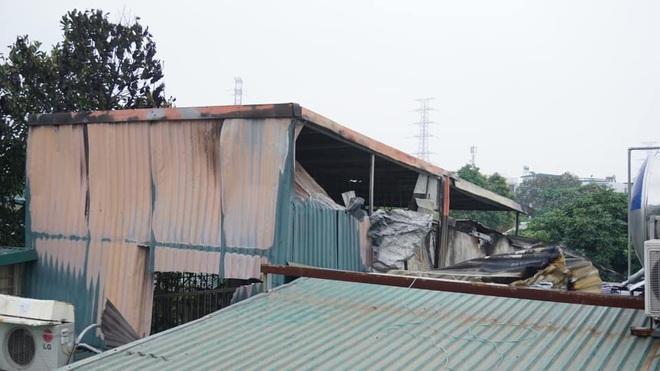 Nhân chứng kể vụ cháy khiến 3 bà cháu tử vong ở Hà Nội: Họ đã cố gắng thoát ra ngoài nhưng bất thành... - Ảnh 1.