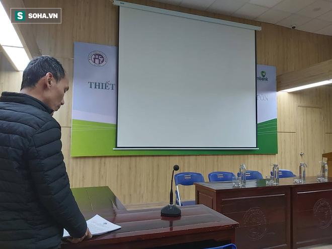 Vụ cắt que thử HIV, viêm gan B ở BV Xanh Pôn: Tôi không có trách nhiệm trả lời thêm bất cứ câu hỏi nào của báo chí - Ảnh 1.