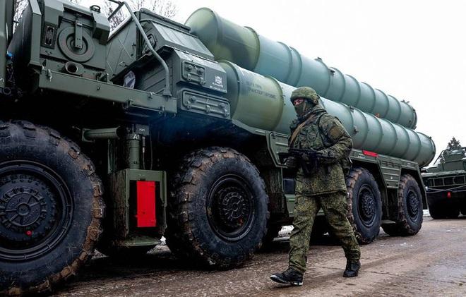 """Nga sẽ dùng S-400 lập """"vòm phòng không"""" đầy uy lực ở Bắc Cực? - Ảnh 1."""