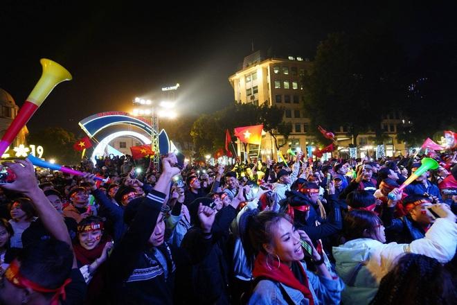 U22 Việt Nam vô địch SEA Games 2019, triệu người vỡ òa hạnh phúc - Ảnh 15.
