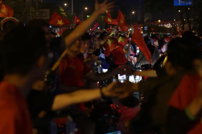 U22 Việt Nam vô địch SEA Games 2019, triệu người vỡ òa hạnh phúc - Ảnh 2.