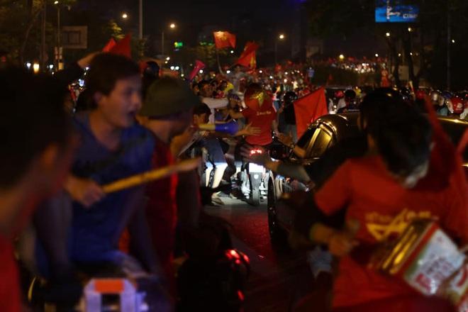 U22 Việt Nam vô địch SEA Games 2019, triệu người vỡ òa hạnh phúc - Ảnh 3.