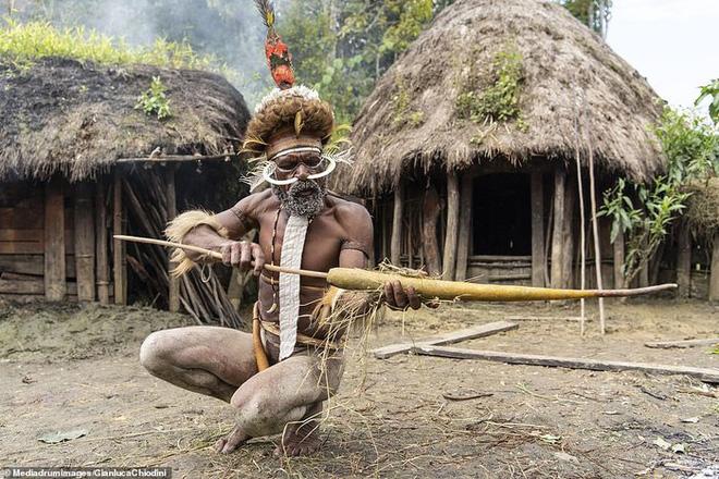 Những hủ tục kì lạ và đáng sợ của Dani - bộ tộc ăn thịt người trong truyền thuyết - Ảnh 12.