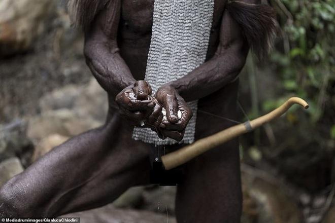 Những hủ tục kì lạ và đáng sợ của Dani - bộ tộc ăn thịt người trong truyền thuyết - Ảnh 13.