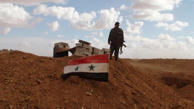 CẬP NHẬT: Tiêm kích Nga đánh chặn cường kích Israel ở Syria, 500 xe quân sự Mỹ ào ạt tiến vào Iraq - Ảnh 10.