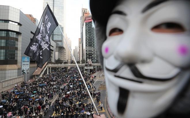 Tòa phúc thẩm  Hồng Kông bác yêu cầu của chính quyền, phán quyết dỡ bỏ lệnh cấm mặt nạ