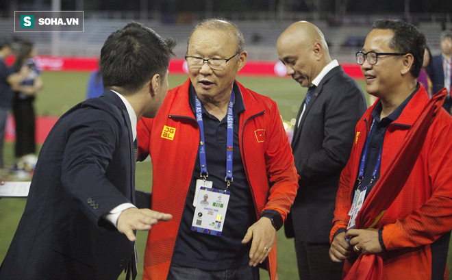 Đại diện BTC làm hòa với thầy Park sau mâu thuẫn vì tấm thẻ đỏ ở trận chung kết SEA Games