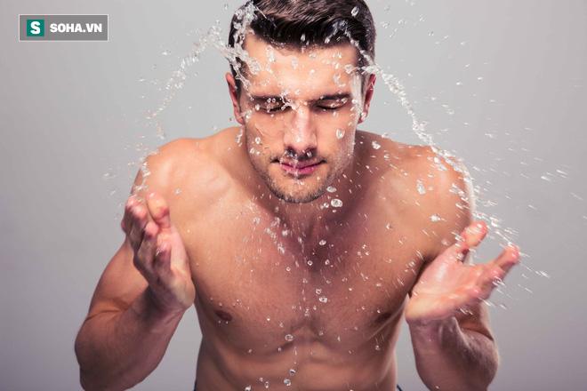 Tiết lộ cách tắm rửa vừa giúp cứu tinh trùng vừa có 3 lợi ích sức khỏe vượt trội - Ảnh 1.