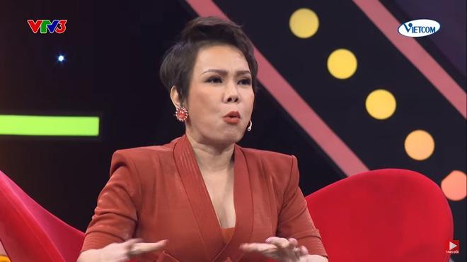Việt Hương: Tôi bị bảo vệ gạt mạnh ra để cho Phương Thanh đi - Ảnh 1.