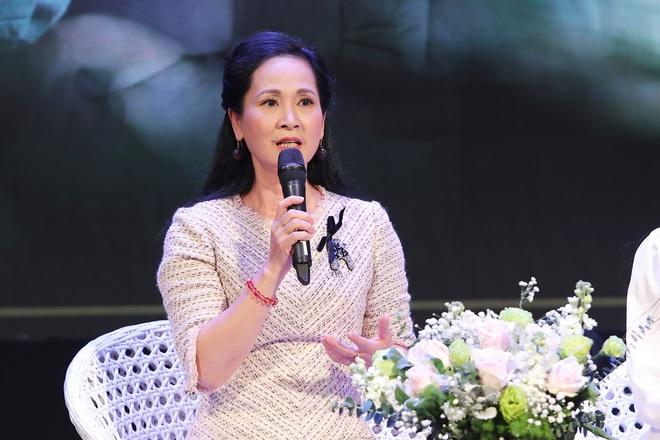Lần hiếm hoi NSND Lan Hương chịu đóng MV ca nhạc - Ảnh 2.