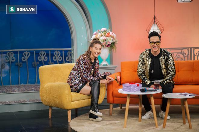 Cuộc sống bị mẹ rao bán của MC xinh đẹp VTV không được dùng tên thật khi lên sóng - Ảnh 27.