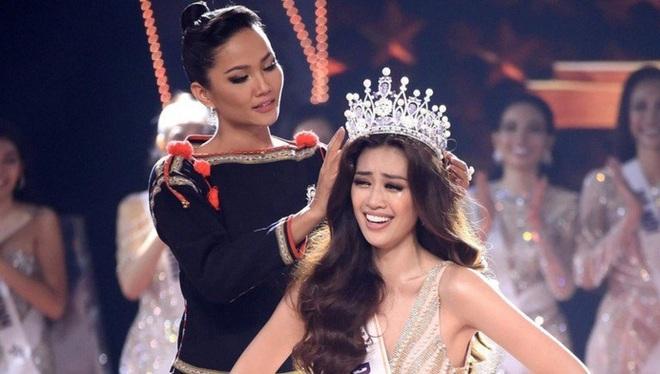 Vương miện hơn 2000 nghìn viên đá quý bị gãy sau 4 ngày Hoa hậu Hoàn vũ Việt Nam đăng quang? - Ảnh 1.