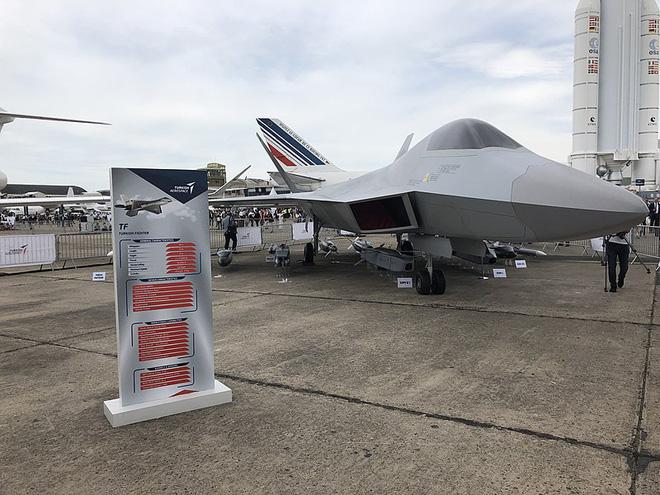 5 chiến đấu cơ đang cầu trời cho sống sót trước cuộc tấn công của F-22 - ảnh 3