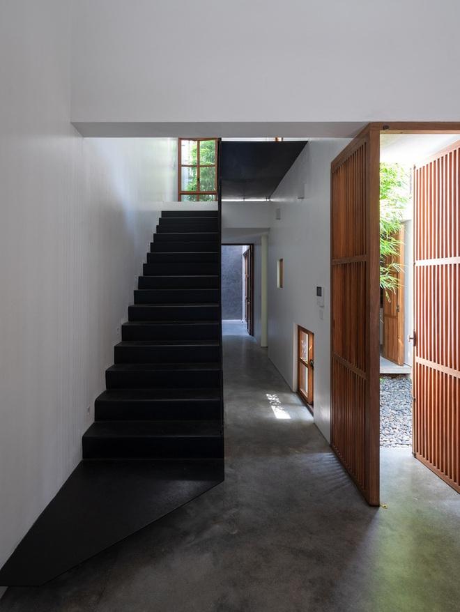 Độc đáo ngôi nhà với 3 mảnh sân tại Hà Nội trên báo Mỹ - Ảnh 5.