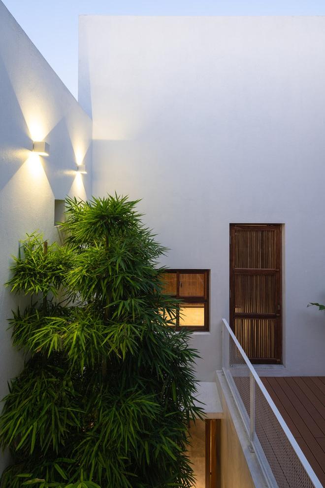 Độc đáo ngôi nhà với 3 mảnh sân tại Hà Nội trên báo Mỹ - Ảnh 3.