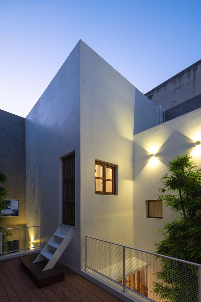 Độc đáo ngôi nhà với 3 mảnh sân tại Hà Nội trên báo Mỹ - Ảnh 14.