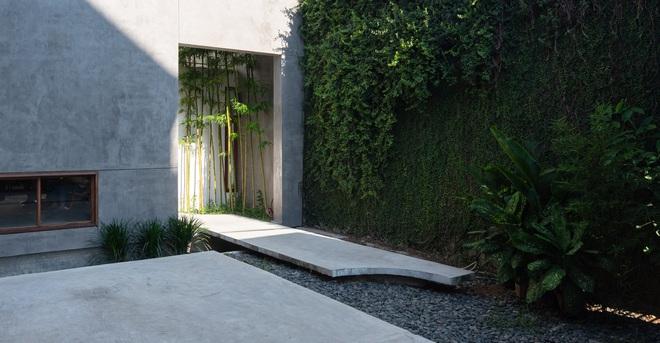 Độc đáo ngôi nhà với 3 mảnh sân tại Hà Nội trên báo Mỹ - Ảnh 13.