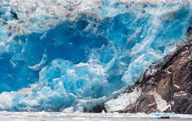 Nhiệt độ Trái Đất tăng khiến băng tan ngày càng nhanh. Ảnh: Unsplash