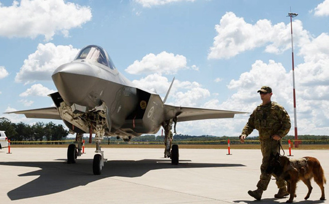 Australia tiếp tục đặt mua tiêm kích F-35