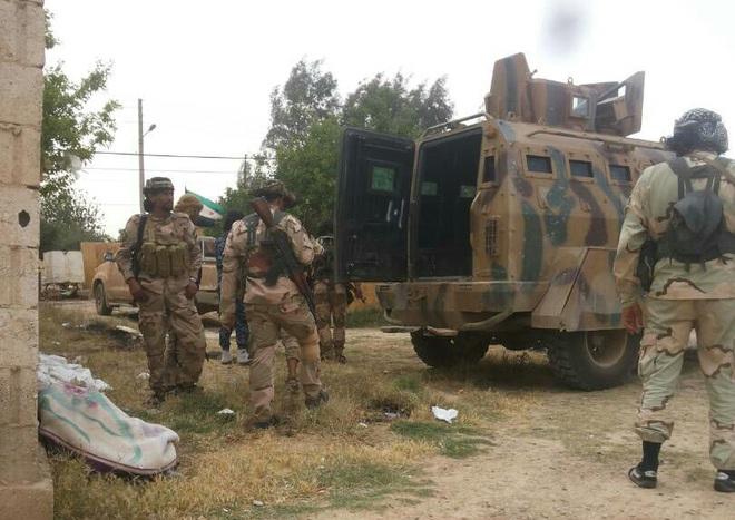 Thủ đô Tripoli của Libya nguy ngập, bị tấn công từ 2 hướng - Pháo Lốc xoáy của Syria xung trận, phiến quân khiếp đảm - Ảnh 21.