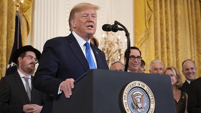 Ông Trump gọi đảng Dân chủ khởi xướng luận tội là 'đảng thù ghét' - Ảnh 1.