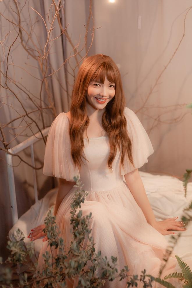 Hồng Kim Hạnh xinh như nàng công chúa trong MV mashup sắp phát hành - Ảnh 6.