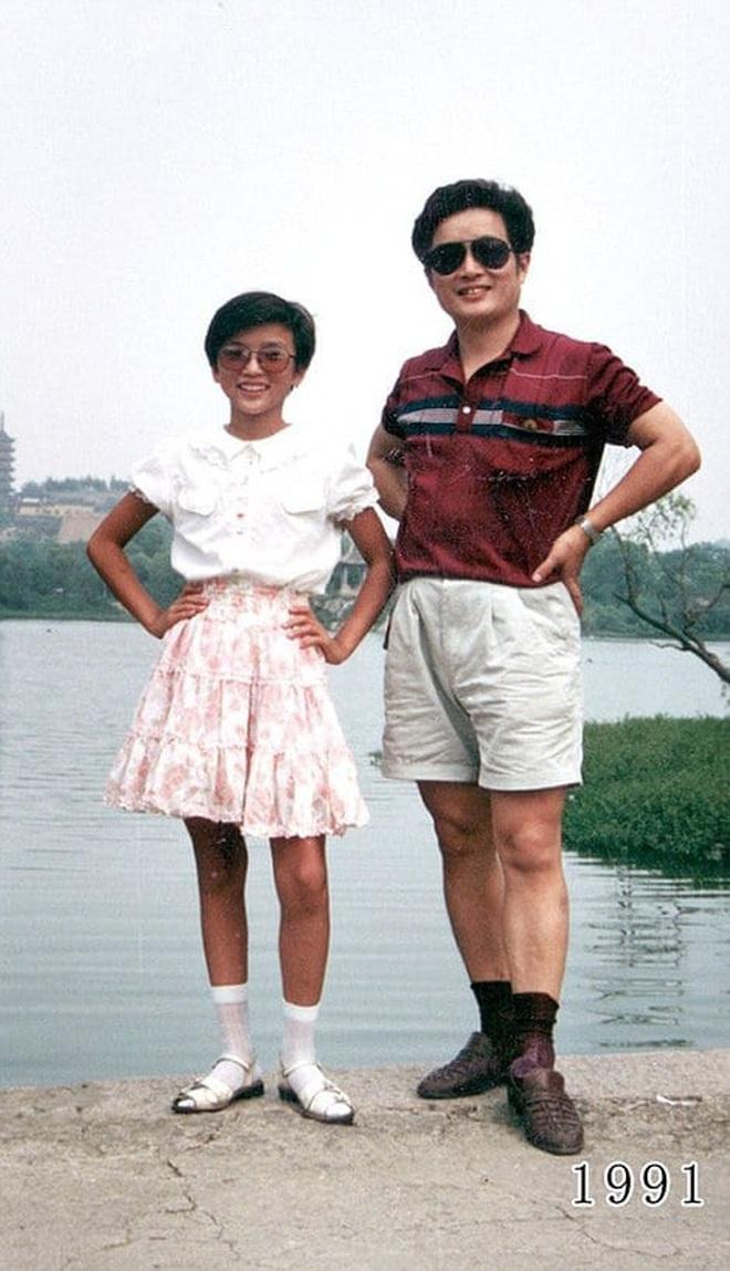 35 năm, bố và con gái chụp cùng một địa điểm: Sự thay đổi ở từng bức ảnh khiến tất cả xúc động - ảnh 11