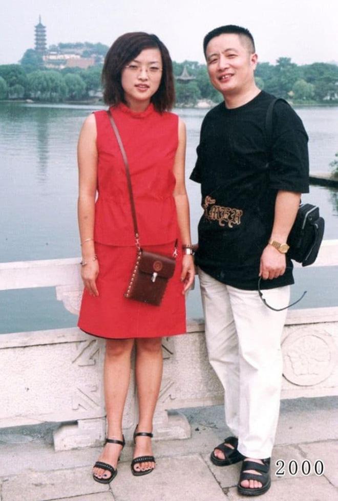 35 năm, bố và con gái chụp cùng một địa điểm: Sự thay đổi ở từng bức ảnh khiến tất cả xúc động - ảnh 19