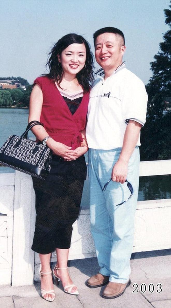 35 năm, bố và con gái chụp cùng một địa điểm: Sự thay đổi ở từng bức ảnh khiến tất cả xúc động - ảnh 22