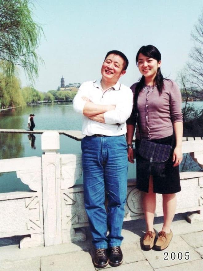 35 năm, bố và con gái chụp cùng một địa điểm: Sự thay đổi ở từng bức ảnh khiến tất cả xúc động - ảnh 24