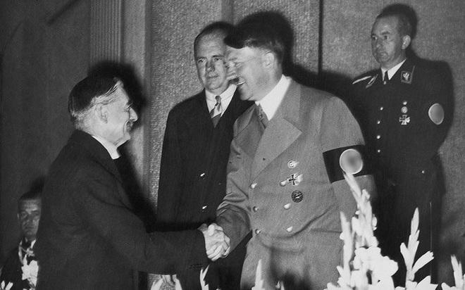 Vì sao Liên Xô không gia nhập phe đồng minh chống phát xít năm 1939? - Ảnh 1.