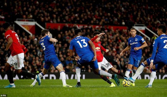 Man United đứt mạch chiến thắng, Mourinho đưa Tottenham áp sát top 4 - Ảnh 3.
