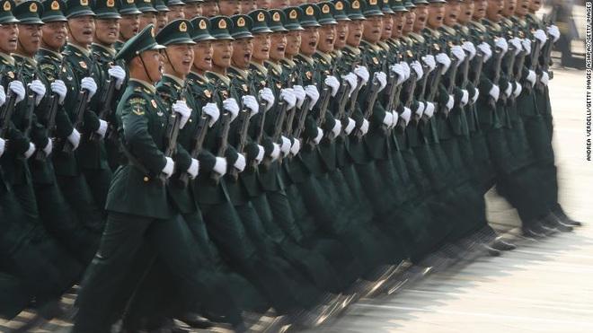Lính Trung Quốc đào ngũ bị sỉ nhục như thế nào? - Ảnh 1.