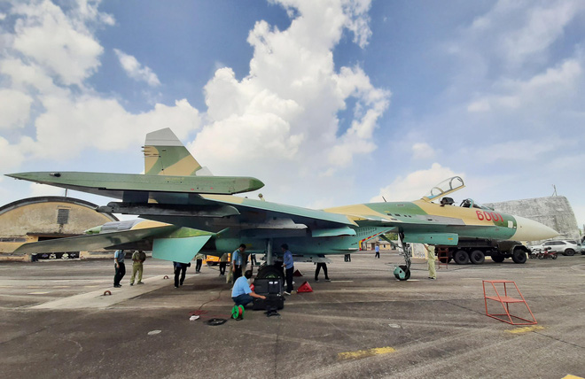 Tiêm kích Su-27 KQVN lột xác: Ngạc nhiên với bệ phóng hiện đại - Thần kỳ tầm cỡ khu vực - Ảnh 4.