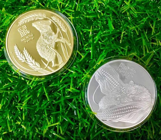 Sính hàng ngoại lì xì Tết, tiền in hình chuột Canh Tý bay về Việt Nam đắt như tôm tươi - Ảnh 5.