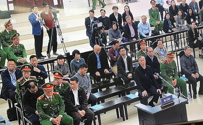 Xét xử 2 cựu bộ trưởng liên quan vụ AVG: Bị cáo Phạm Nhật Vũ khai đưa cho ông Nguyễn Bắc Son 3 triệu USD - Ảnh 5.
