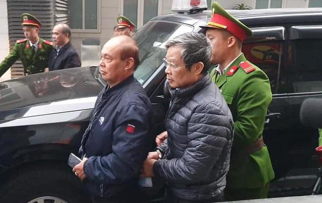 Xét xử 2 cựu bộ trưởng liên quan vụ AVG: Bị cáo Phạm Nhật Vũ khai đưa cho ông Nguyễn Bắc Son 3 triệu USD - Ảnh 8.
