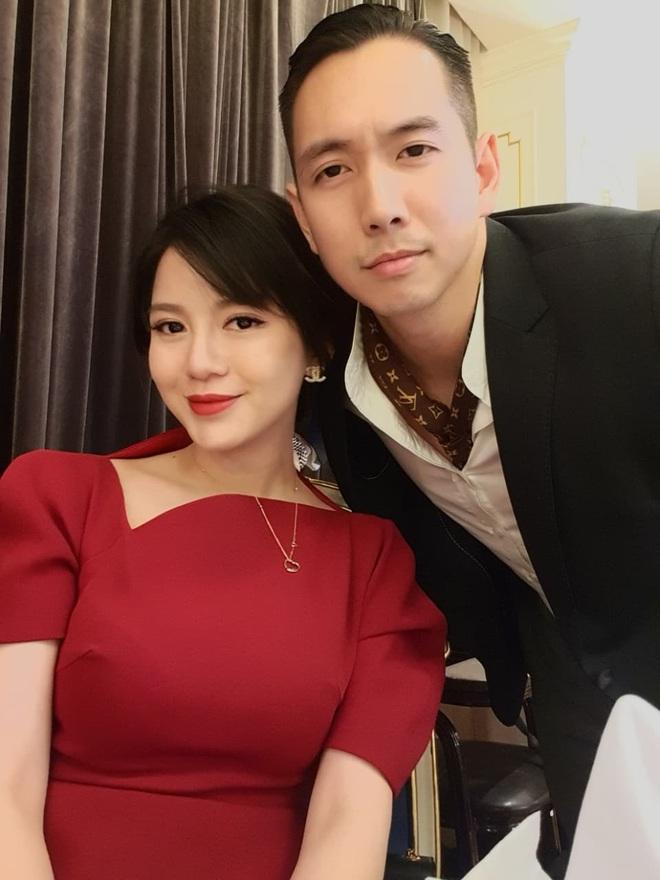 5 năm sau khoảnh khắc nổi khắp MXH, Tú Linh giờ hạnh phúc với công việc mẹ bỉm sữa full time - ảnh 1