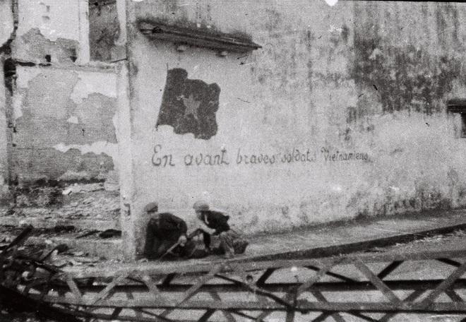 Kẻ thù buộc ta ôm cây súng: Lời hịch hùng tráng, cương mãnh trong giờ phút hiểm nghèo của dân tộc Việt Nam - ảnh 4